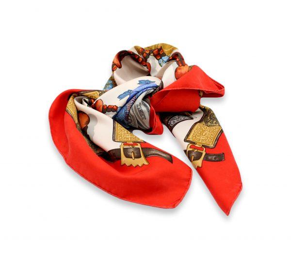 032 clipped rev 1 scaled • Foulard Hermès •