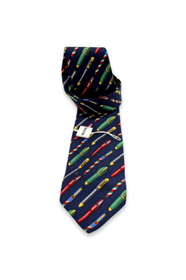 071 clipped rev 1 2 scaled • Cravatta Moschino •